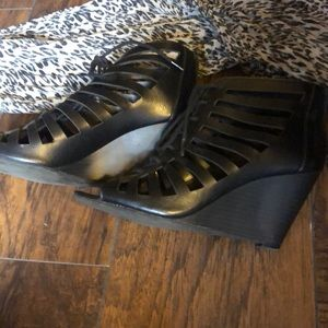 Black strapppy  lace up wedges size 8 by Maurices